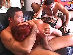 Horny shemale n men suck each other